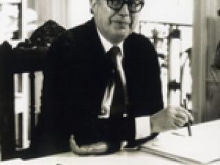 Roland Simounet.