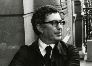 Portait photographique de Roland Simounet, architecte du musée