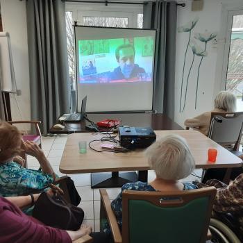 visioconférence avec les résidents d'un EHPAD