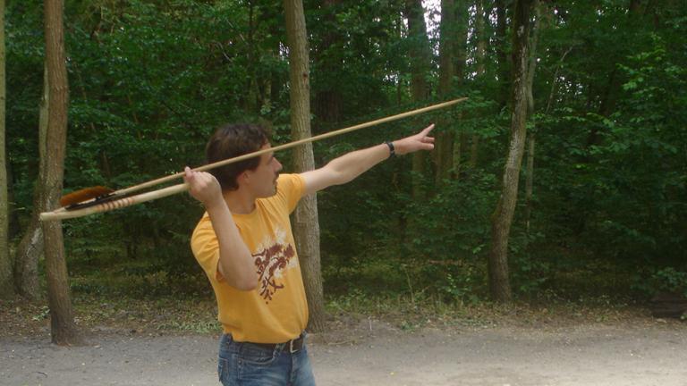 Démonstration de tir au propulseur préhistorique