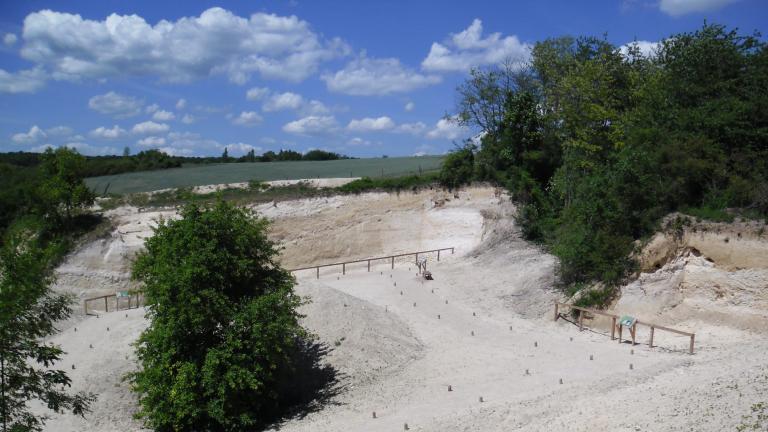 Vue du site géologique et archéolgique de Vernou La Celle (77).